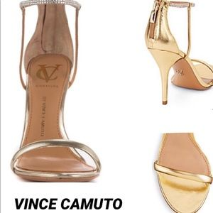 VINCE CAMUTO•VC Signature Ginny•Leather SOLD OUT